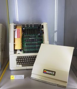 apple II - apple 2